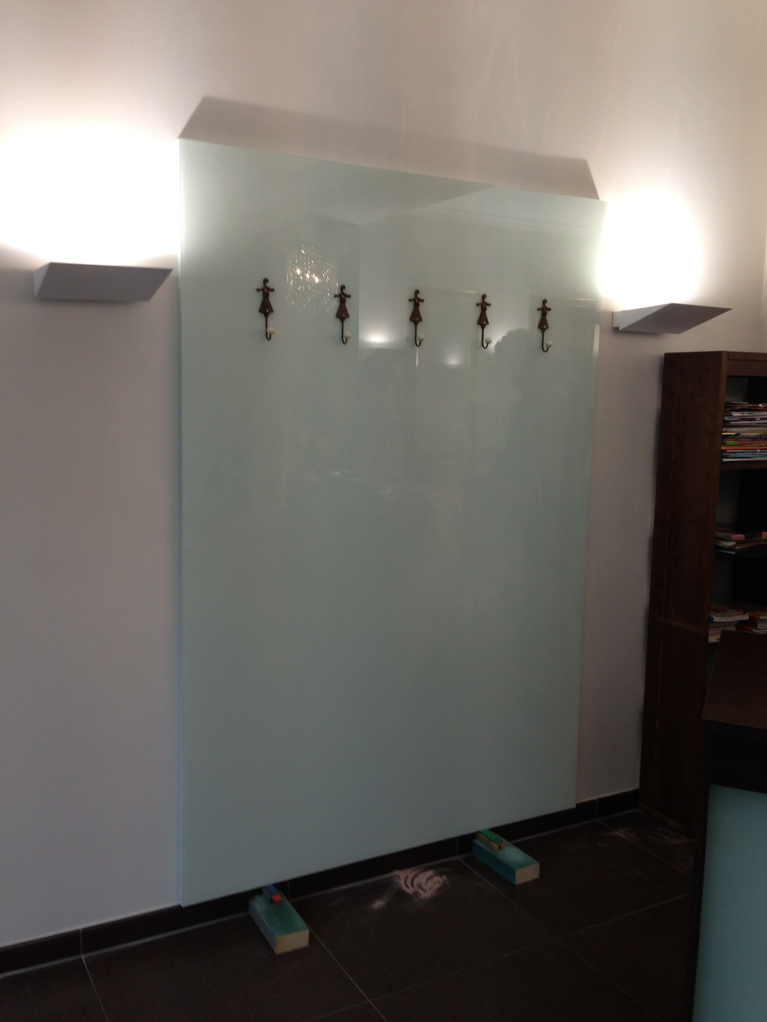 Kanten geschliffen und poliert 300 x 2300 mm Glasplatten ESG 4mm Einscheibensicherheitsglas nach DIN biege- und sto/ßbelastbar. Nach Ma/ß bis 30 x 230 cm bis 200 x 300 cm klar durchsichtig
