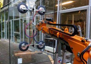 Glasmontage Glasroboter